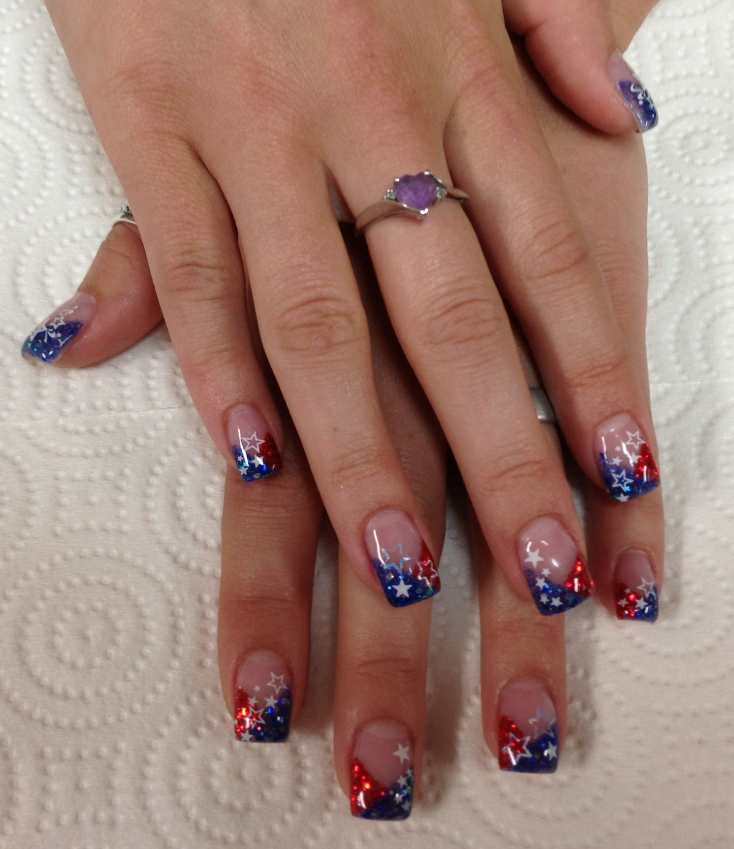 American Red, White & Blue Gel Nails By Janee Tittensor
