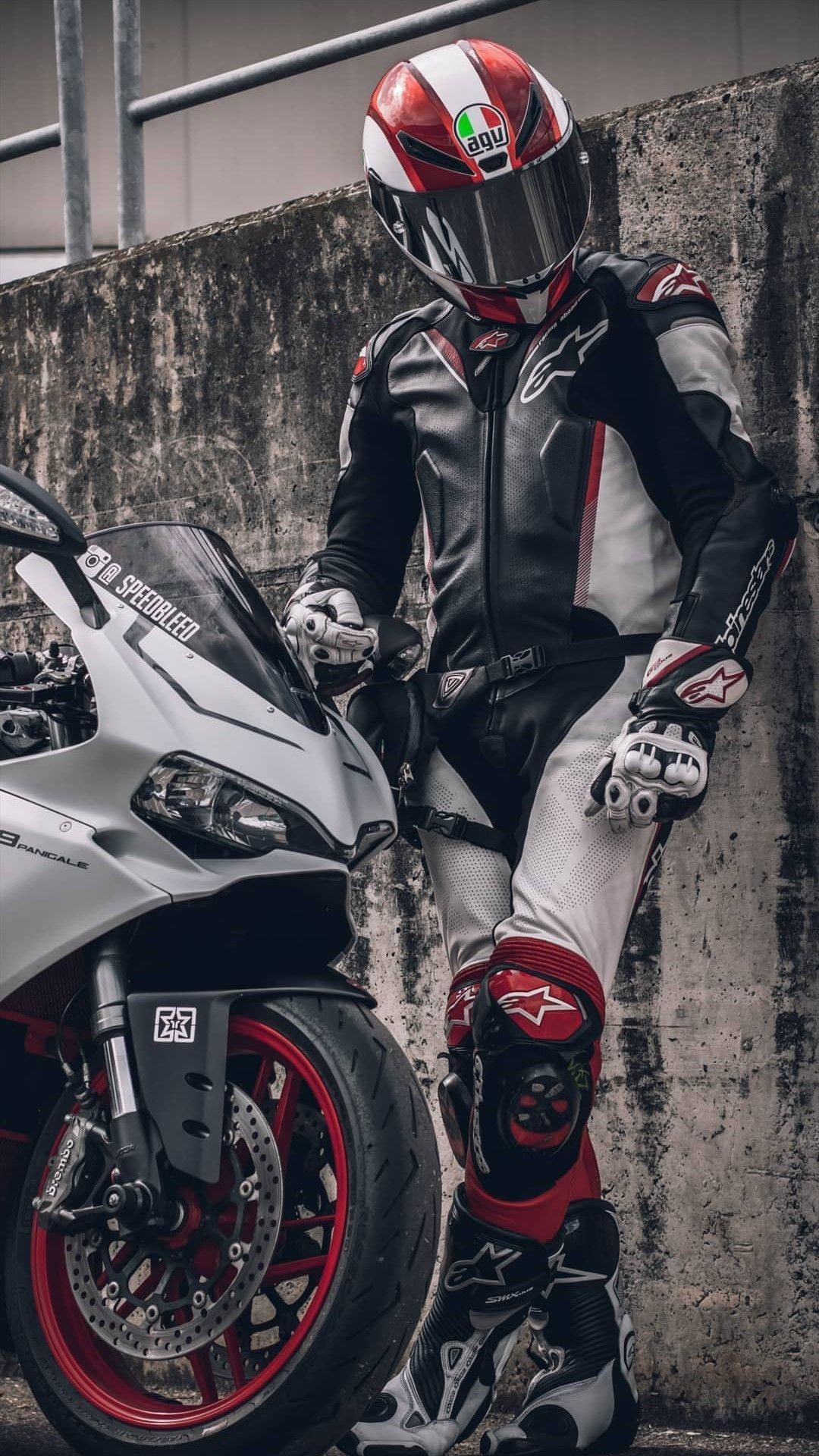 Pin by NitMae on Bikes Sport bikes, Bike photoshoot