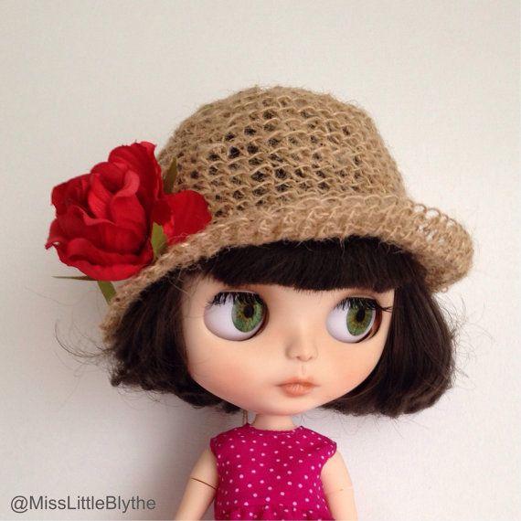 Romantic hat for Blythe doll sombrero para by MissLittleBlythe