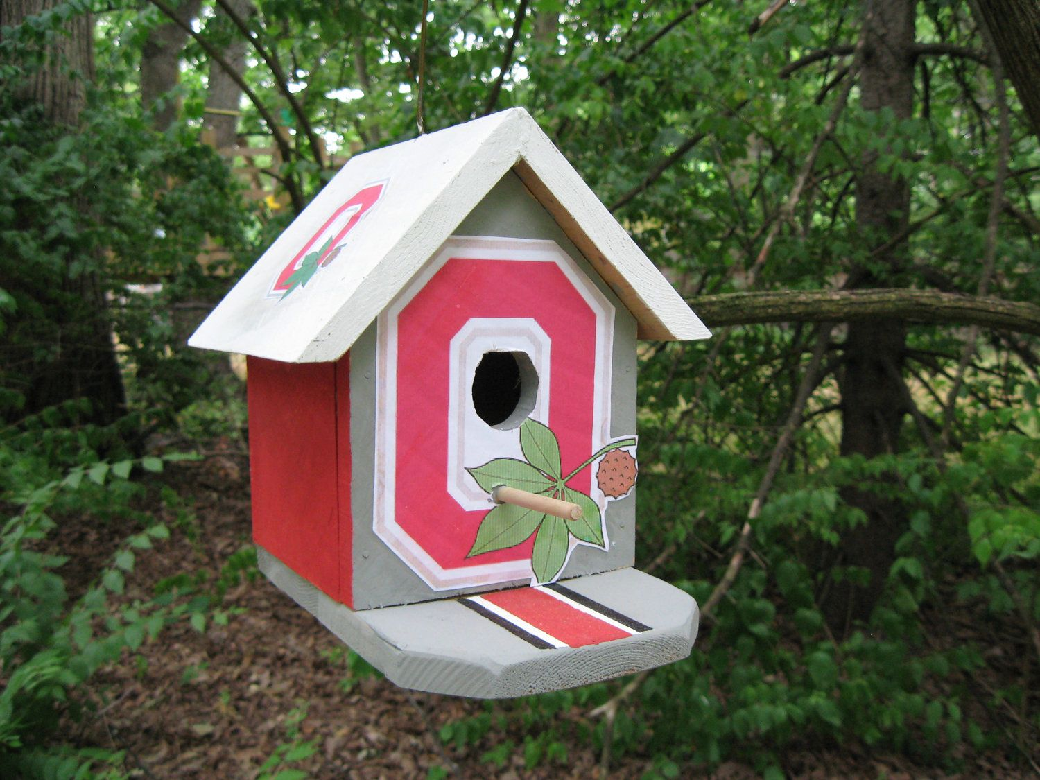 Items similar to Ohio State birdhouse on Etsy