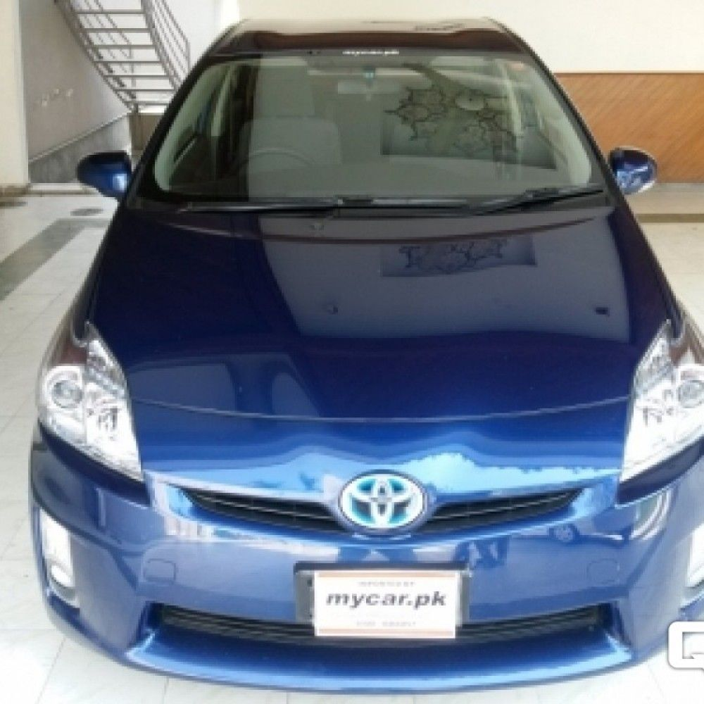 Pin by quicklyads .pk on Buy Toyota Pirus Cars for Sale in
