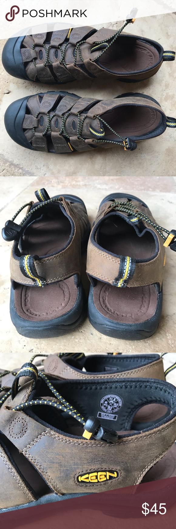 6d428af08e98 Keen men sandals size 11.5 waterproof Keen men s size 11.5 waterproof sport  sandals Pre-owned in good condition Shoes Sandals   Flip-Flops