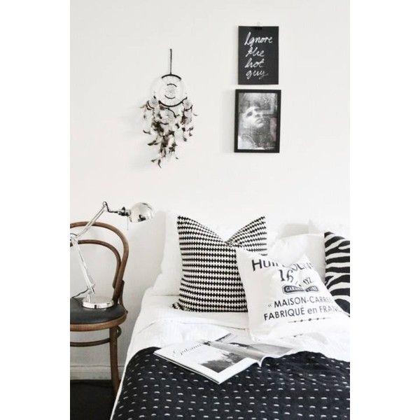 black and white bedding decor