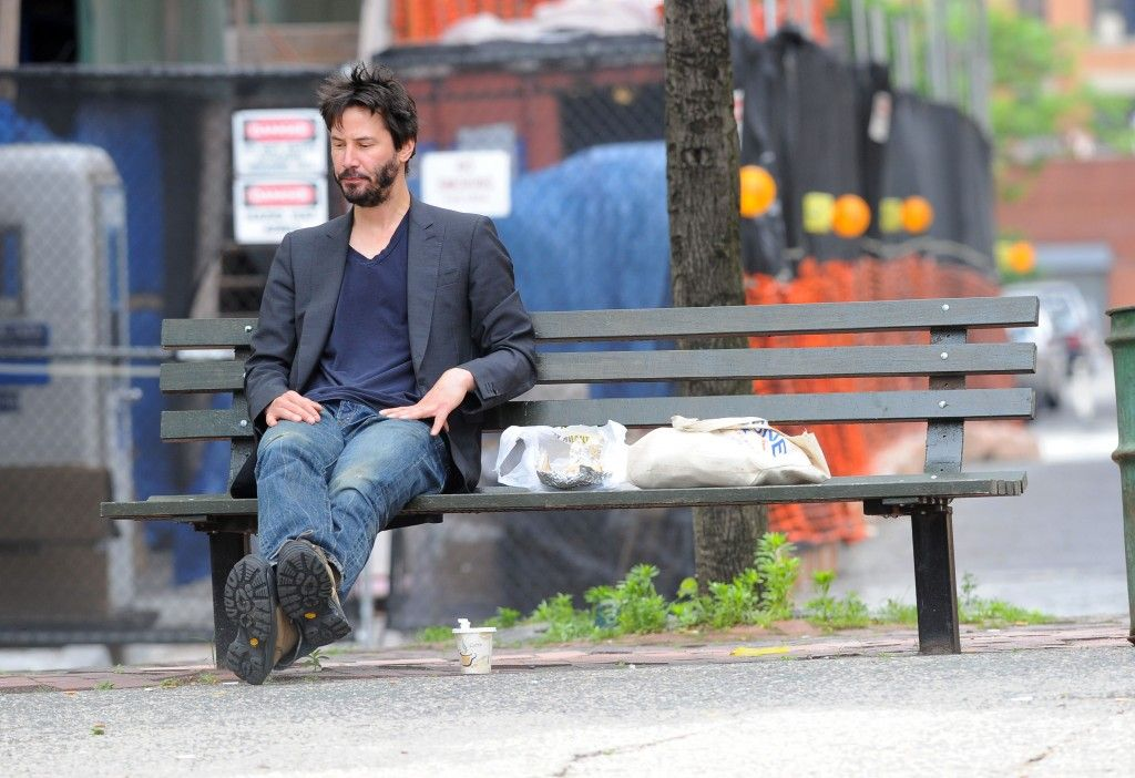 Marvelous Keanu Reeves Bench Part - 3: Keanu Reeves Has Lunch On A Park Bench In Soho NYC