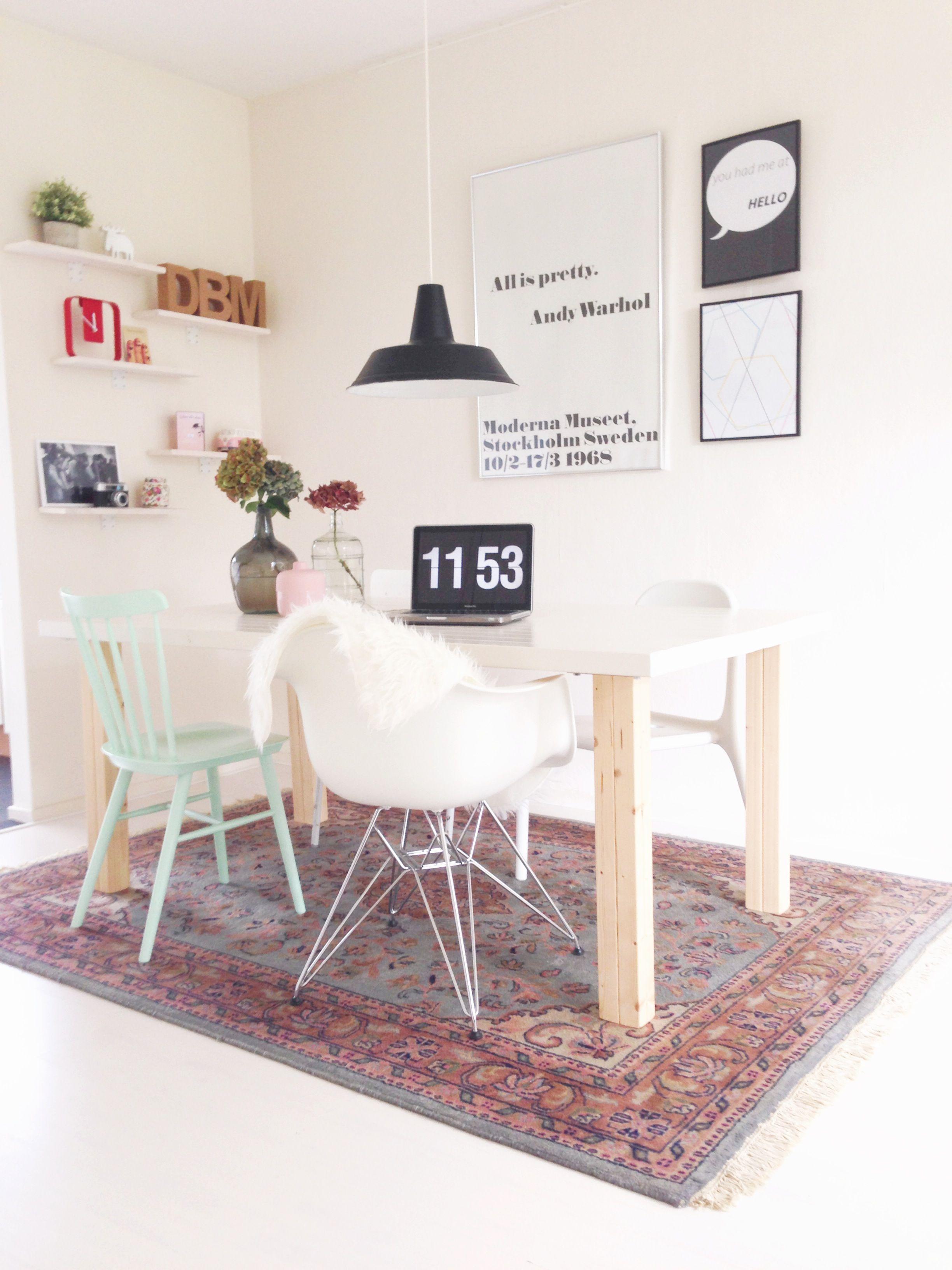 vloerkleed onder eettafel praktisch - Google zoeken | Mat woonkamer ...
