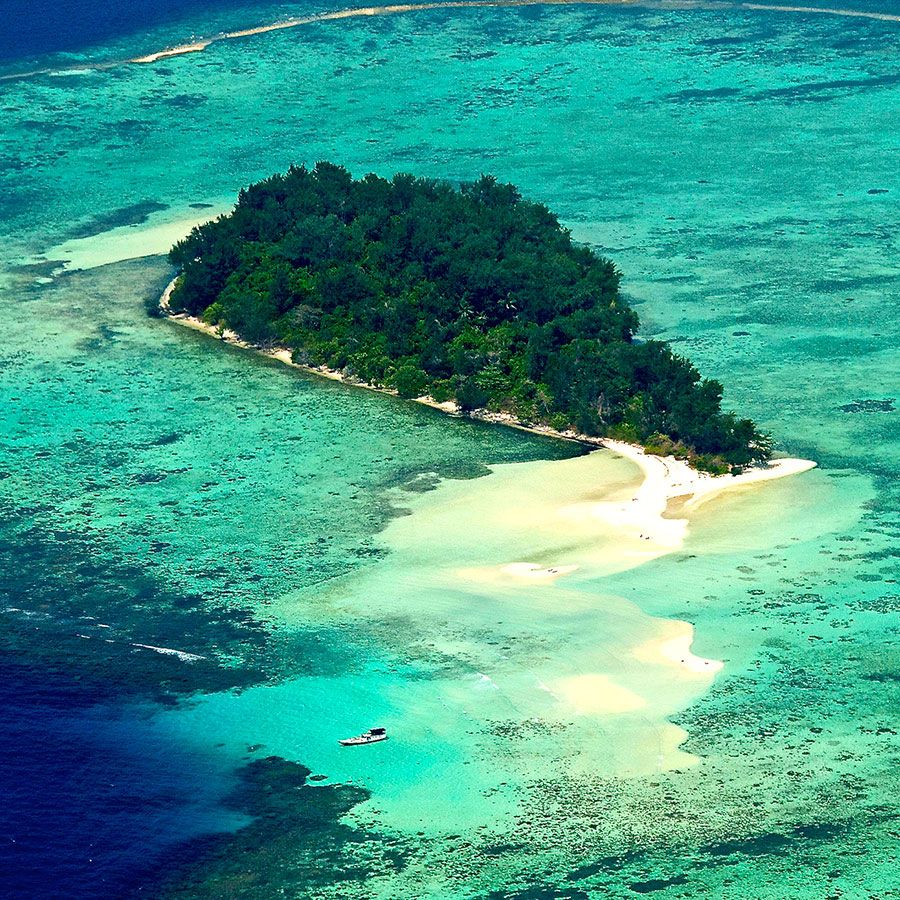 Kura Kura Resort Karimunjawa Islands Resort Indonesia Java Karimun Luxury Resort Diving Indonesia Dive Resort Resort Indonesia