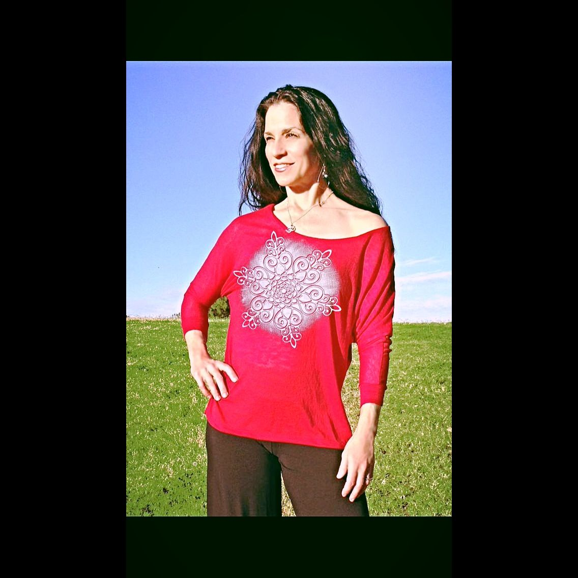 Yoganastix Fabulous new Zen Snowflake design on the cuddly new Snuggle Tee!  Love 2 live in it!