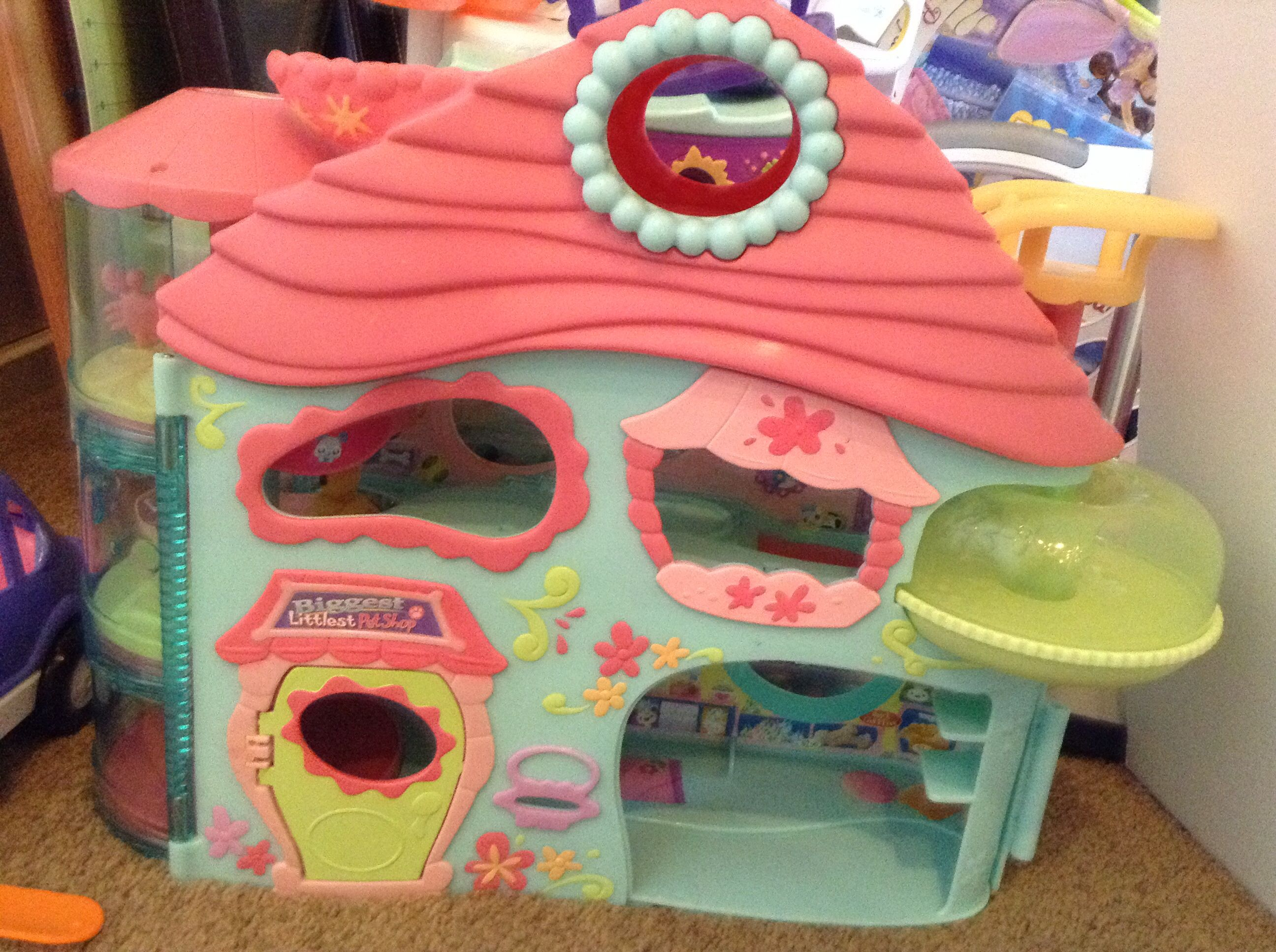 Littlest pet shop house it's the biggest house you can get