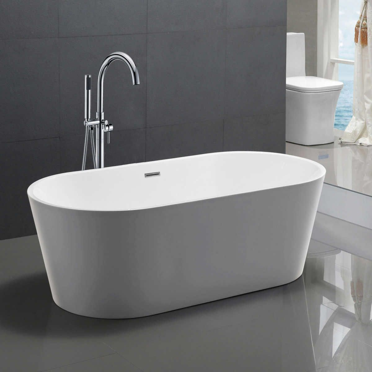 chand freestanding soaker tub with