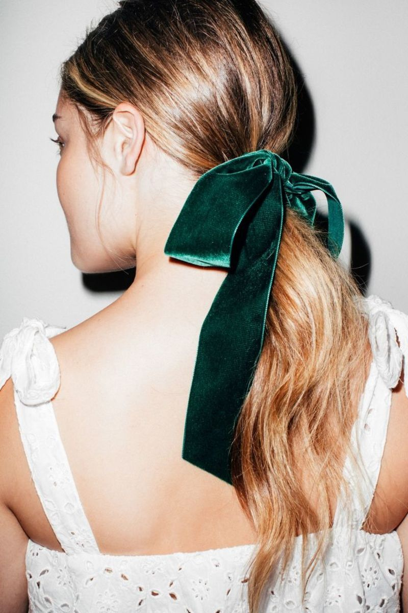 Yes, You Can Pull Off a Velvet Hair Bow - Velvet hair, Bow hairstyle, Hair inspiration, Hair trends, Pretty hairstyles, Wedding hair trends - How to rock a velvet hair bow at any age