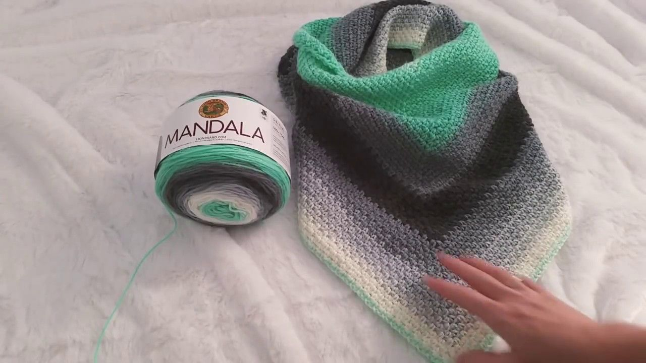 How to Crochet a Triangle Scarf with Linen a k a Moss Stitch