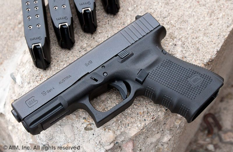 New Glock 19 9mm Handgun Gen 4..my choice for concealed carry ...