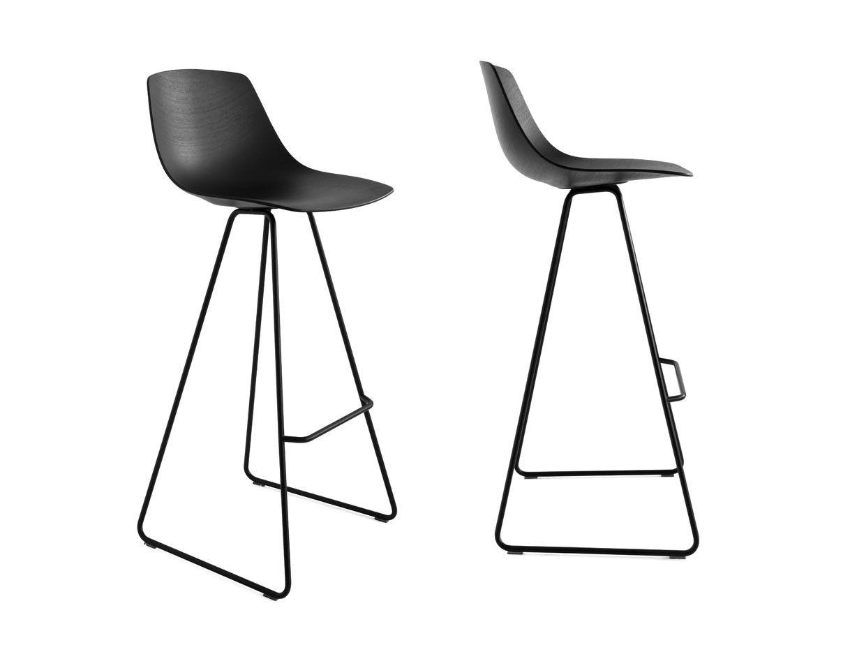 Miunn stool by karri monni for lapalma sled base for Furniture palma