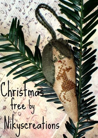 Nikyscreations: CHRISTMAS FREE, beautiful ornament.