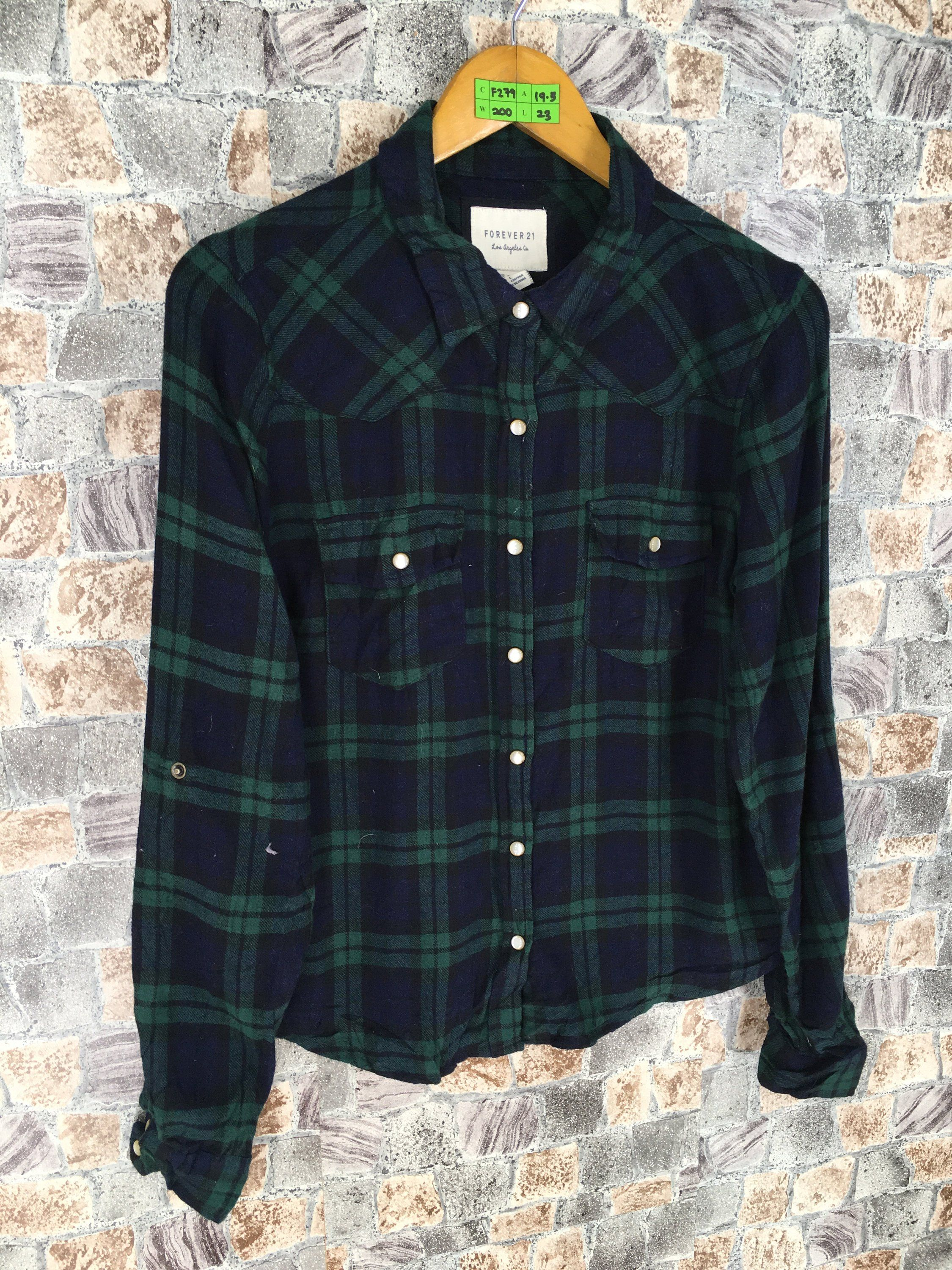 36b80933a #clothing #women #blouse #flanneloversized #90sgrungeflannel  #womenflannelshirt #90shipsterflannel #rusticflannel #fallclothing