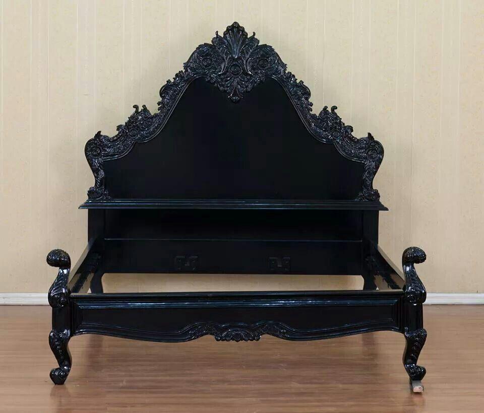 Epic gothic bed | noubles | Pinterest