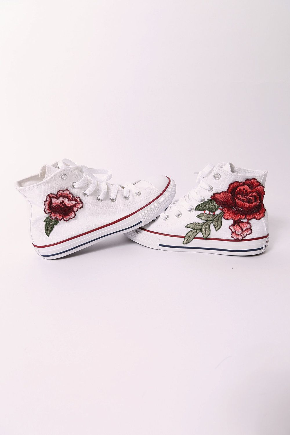 the best attitude 541eb 3a0c5 brand new converse all star high tops with rose patch converse do run  bigger than normal