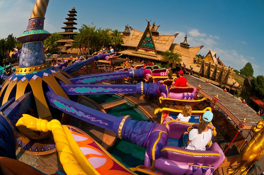 The Magic Carpets Of Aladdin Ride Adventureland Magic