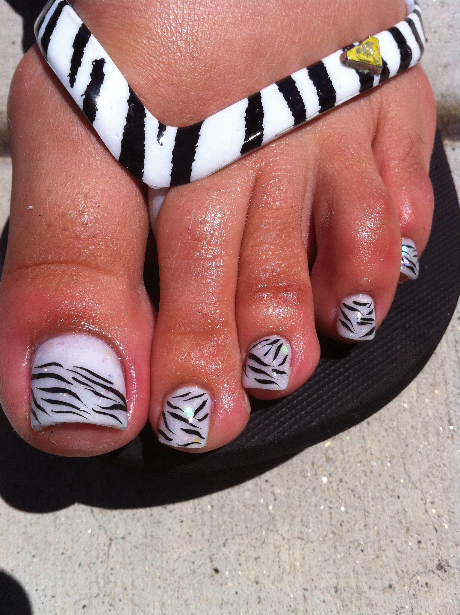 acrylic toes art work