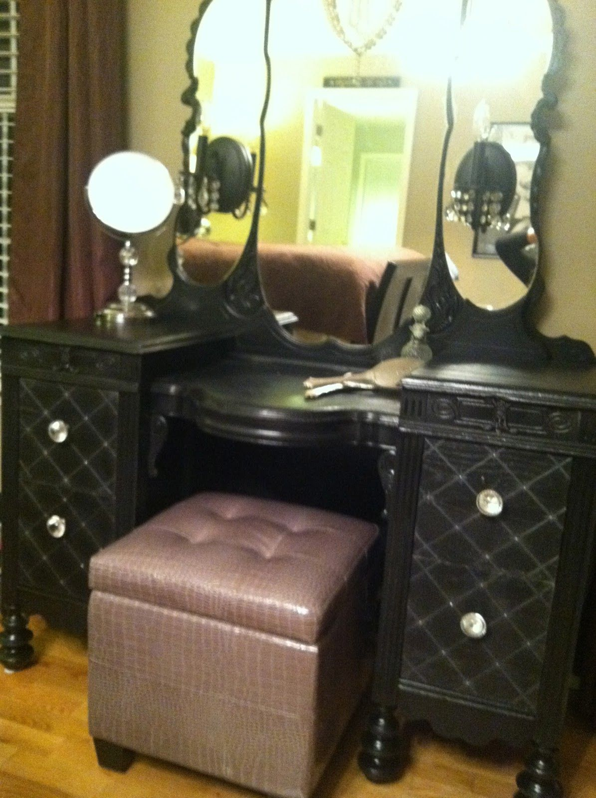 Vintage Makeup Vanity With Lights. diy vintage makeup vanity Like the look of this especially stool