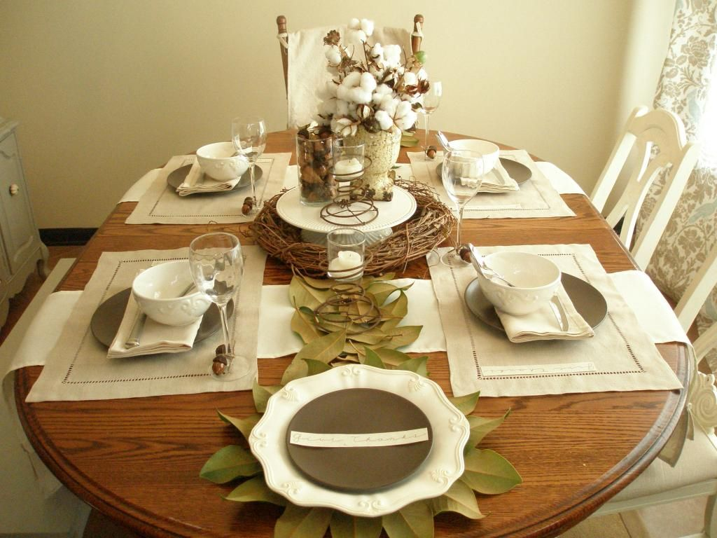 Table setting ideas kitchen house ideas nature inspired for Centerpieces for wood dining table