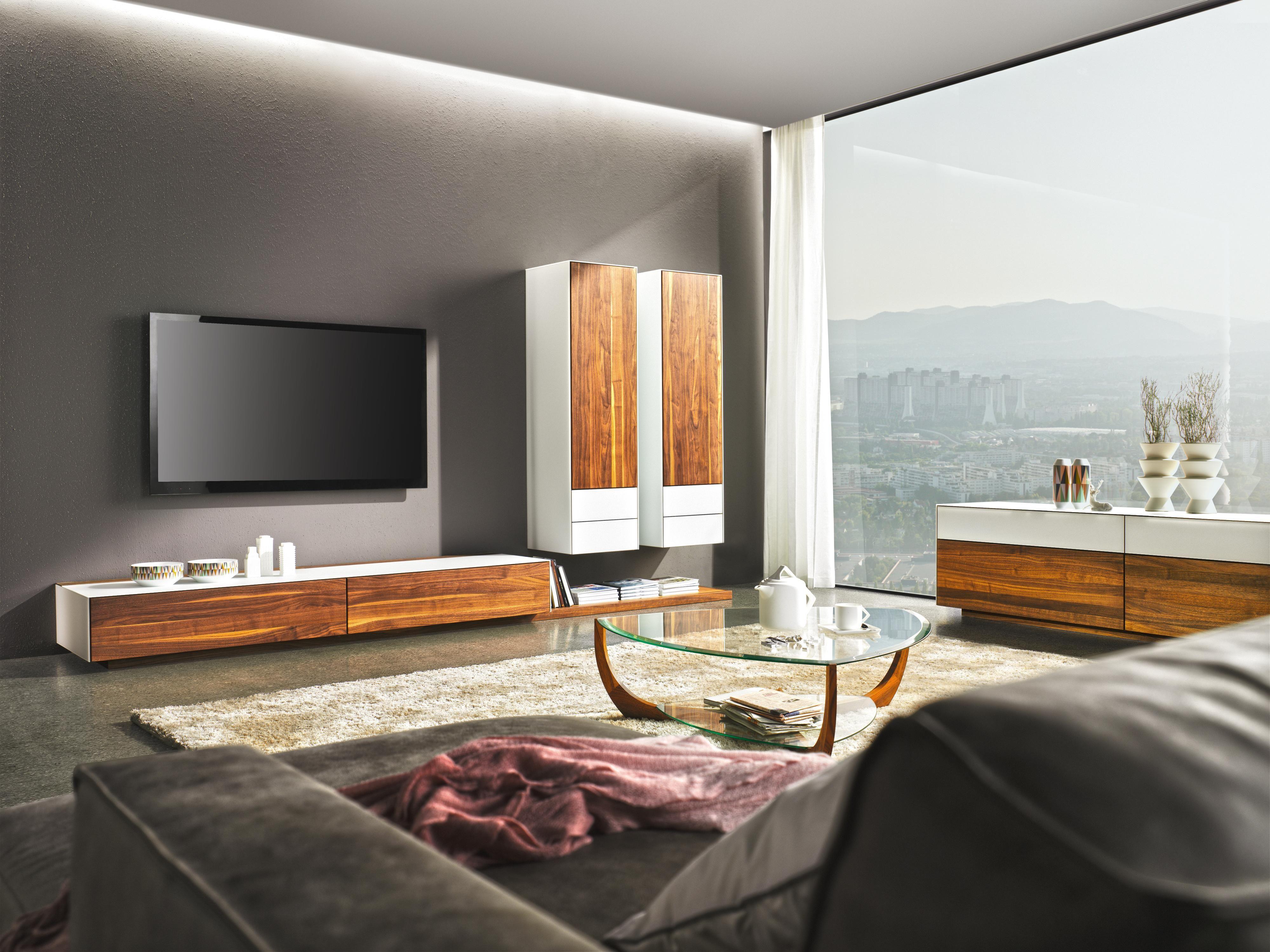 Team 7 wohnwand im vollendeten design für ihre schätze im wohnzimmer