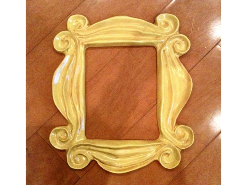 Friends, Famous Peephole Door Frame, New | Doors and Apartments