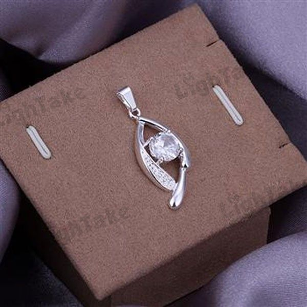 Fashion Silver Plated White Zircon Crystal Inlaid Pendant $2.82