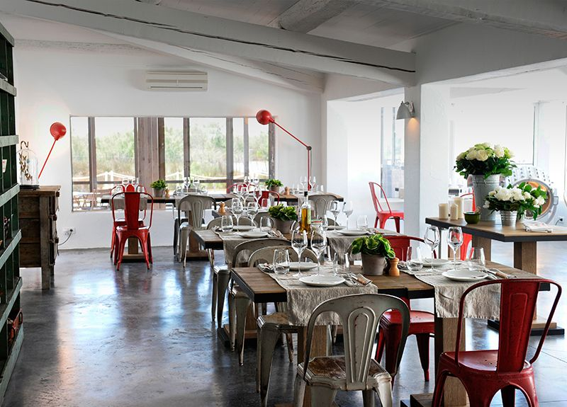 Mas De La Fouque Idee Deco Maison Idee De Decoration Et Deco Salle A Manger