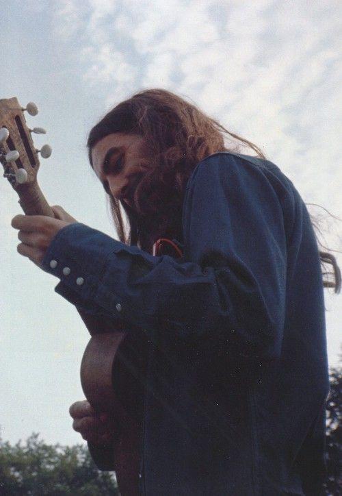 George and his uke