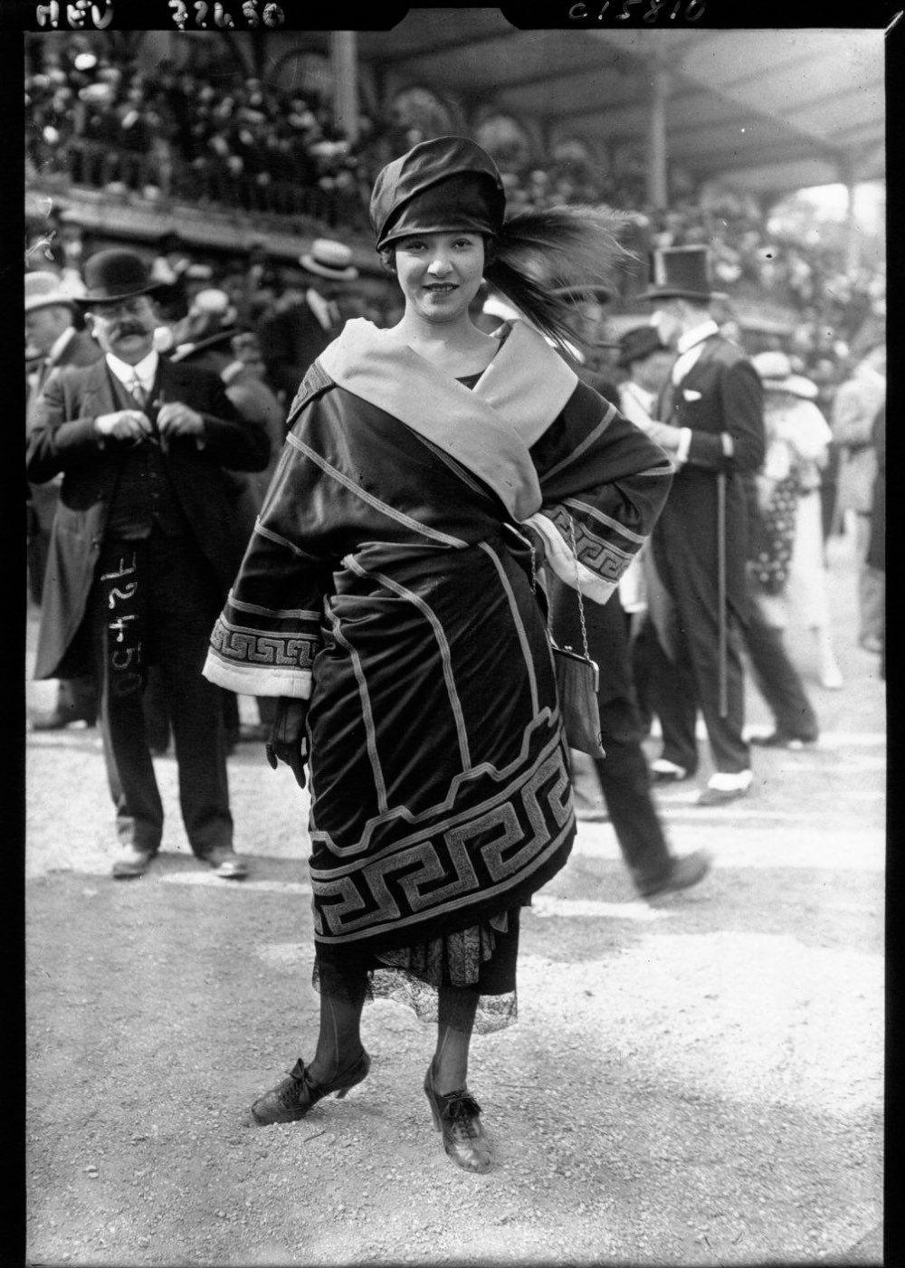 1910 Dress Inspiration and Classification | Ruhák, Divat és