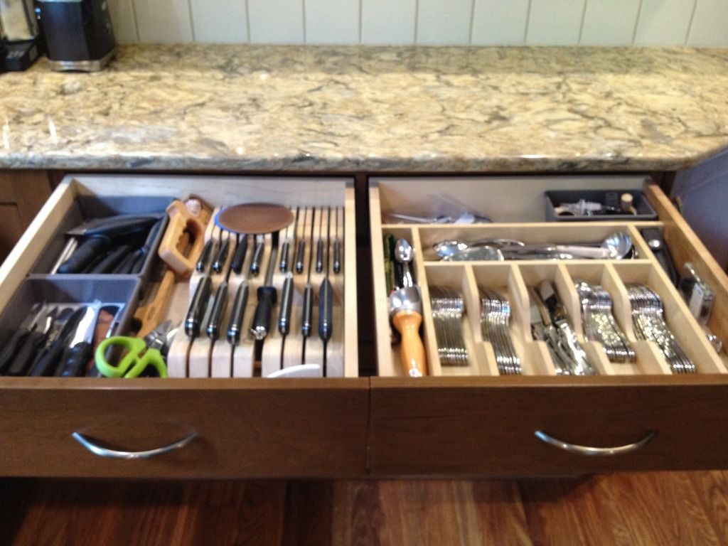 Knife Block And Silverware Dividers In The Drawer