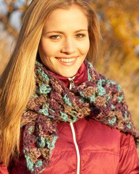 This clustered wrap shines in the beautiful multicolored shades on Bernat Softee Chunky.