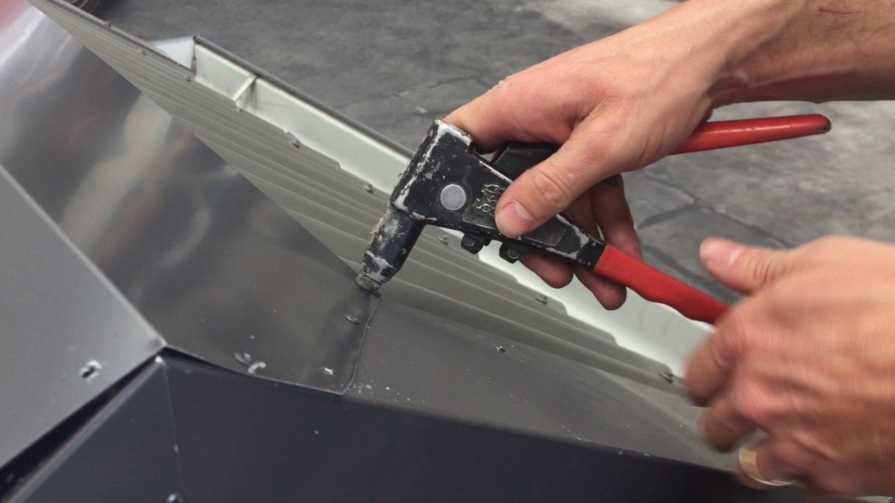How To Install 190mm Flat Ridge Colorbond | Metal Roofing Online