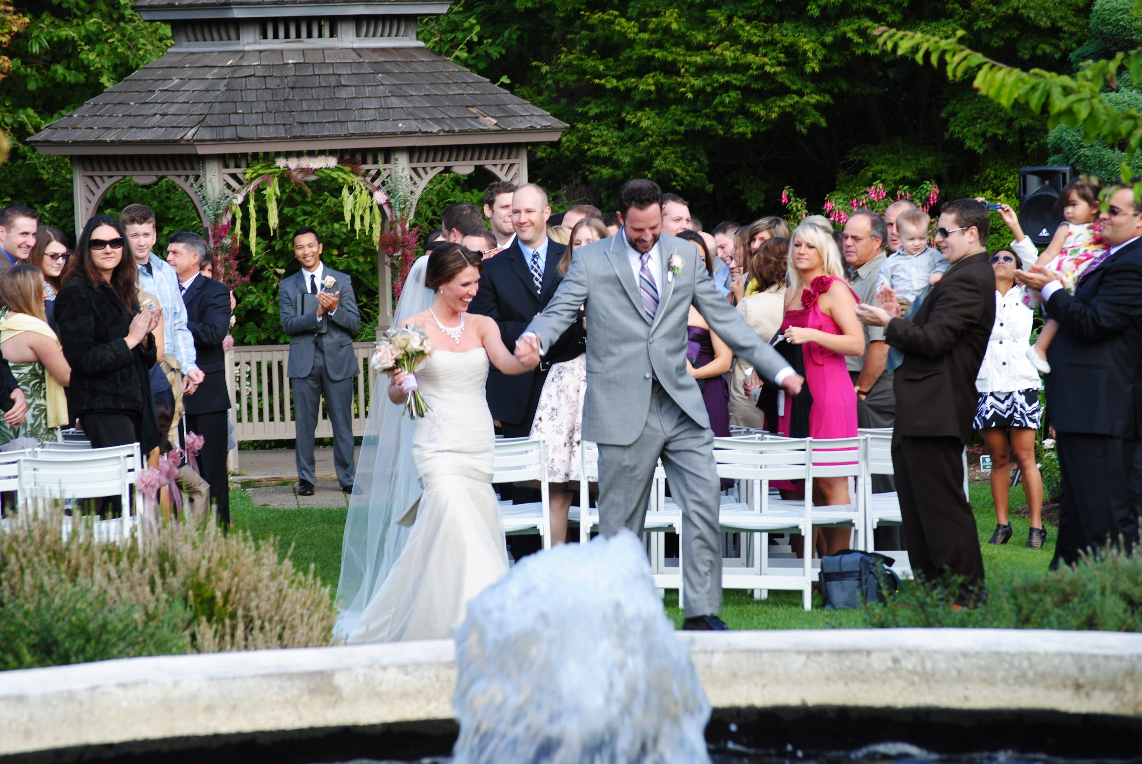 With Over 280 Vibrant Species Of Roses The Rose Garden Near Woodland Park Zoo Is Perfect Backdrop For Your Outdoor Ceremony A Picturesque Gazebo And