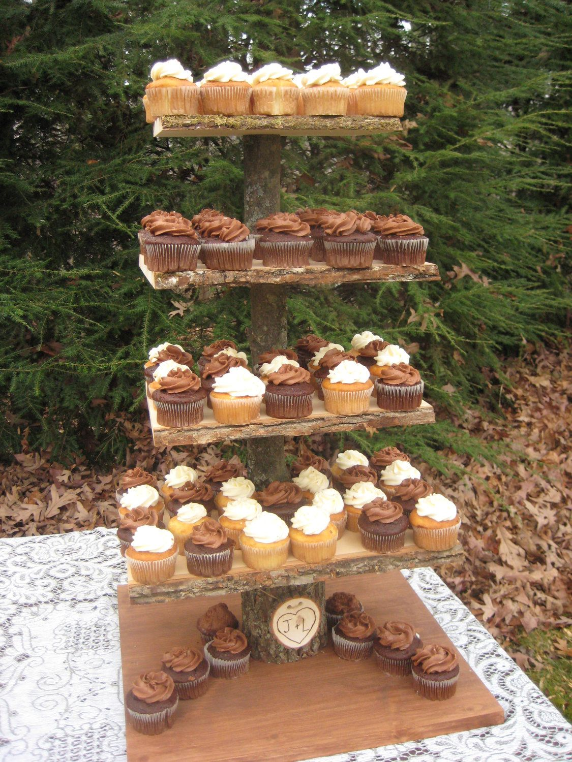 Diy Rustic Cupcake Stand I Don T Know If You Already Have A Cake