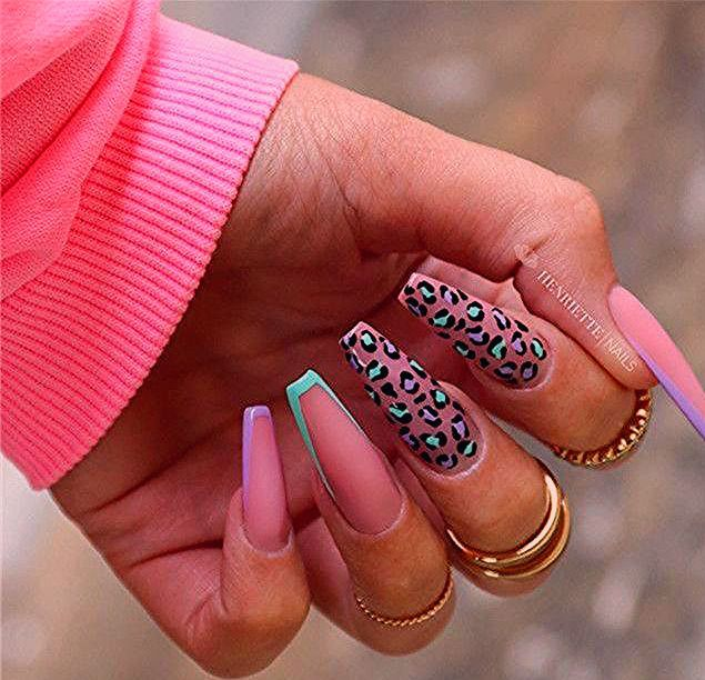 Photo of 12 Popular Winter Nail Art Trends That You Need To Try ASAP   Ecemella