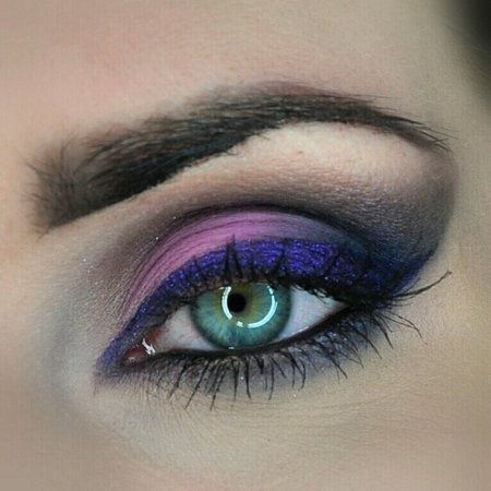 Purple Glitter Shadow - #eyemakeup #eyeshadow #purpleshadow #pinkshadow #purple #msiewiera - bellashoot.com, bellashoot iPhone & iPad app