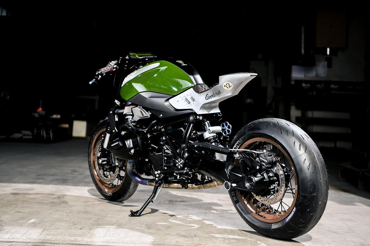 vtr rad roadster - goodwood bmw r1200r via returnofthecaferacers