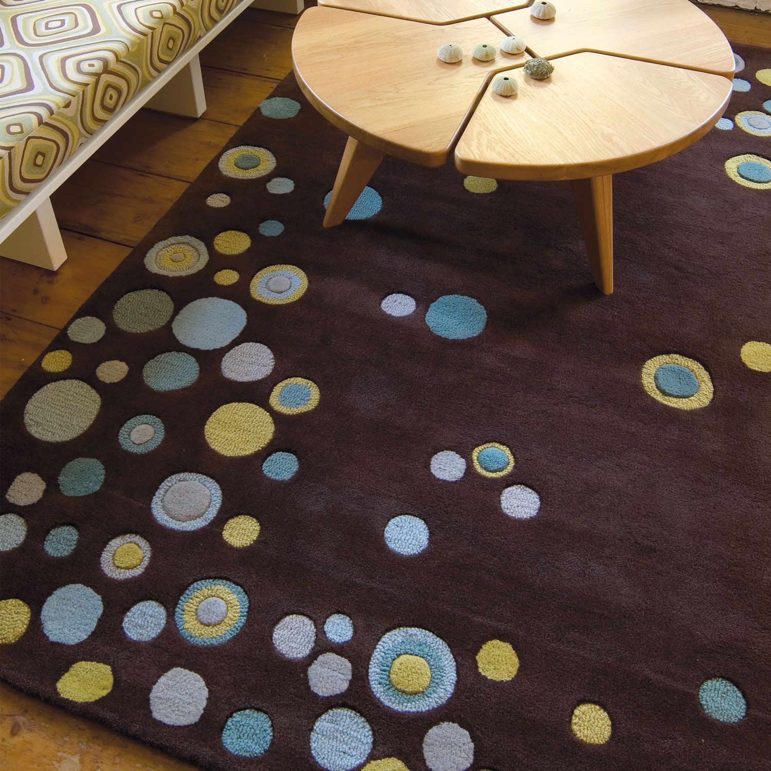 Angela Adams Rug = I would love this for the family room.