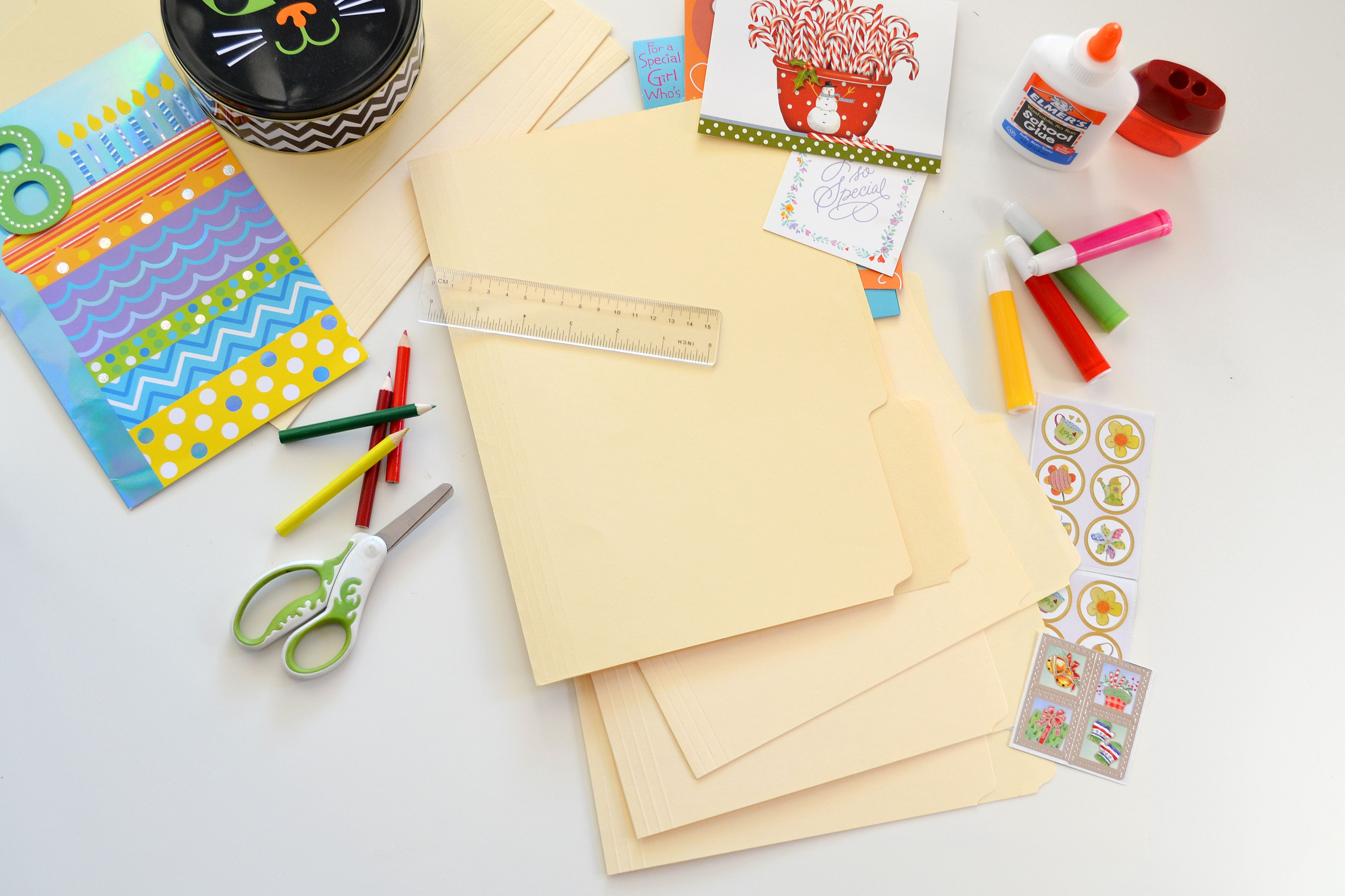How To Decorate File Folders Decor File Folder Homework Desk