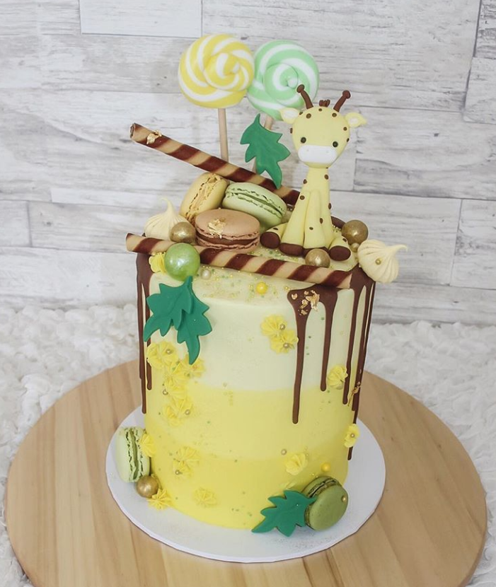 20 Fabulous Drip Cakes Inspiration - Find Your Cake