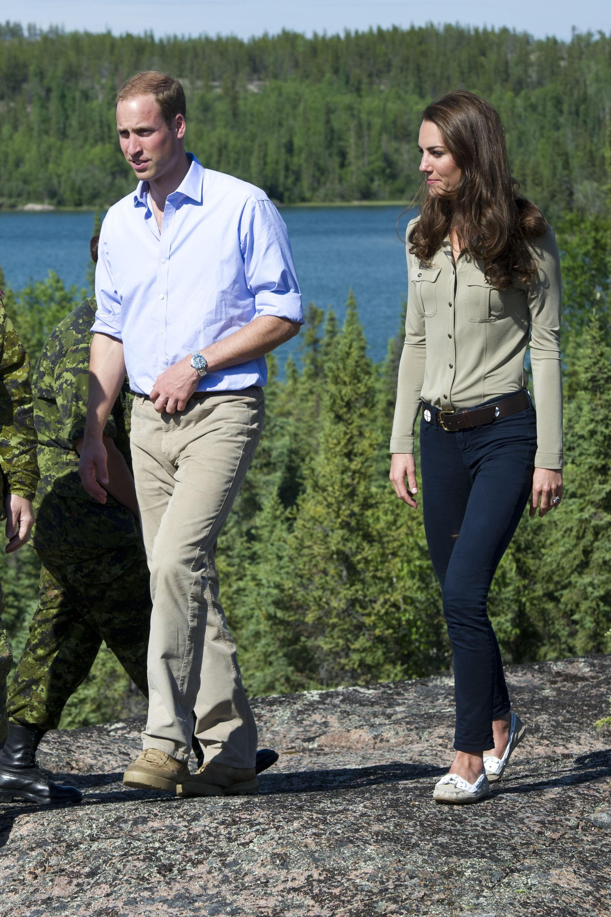 Kate Middleton 39 S 52 Best Casual Looks Boat Shoe Wardrobes And Spring