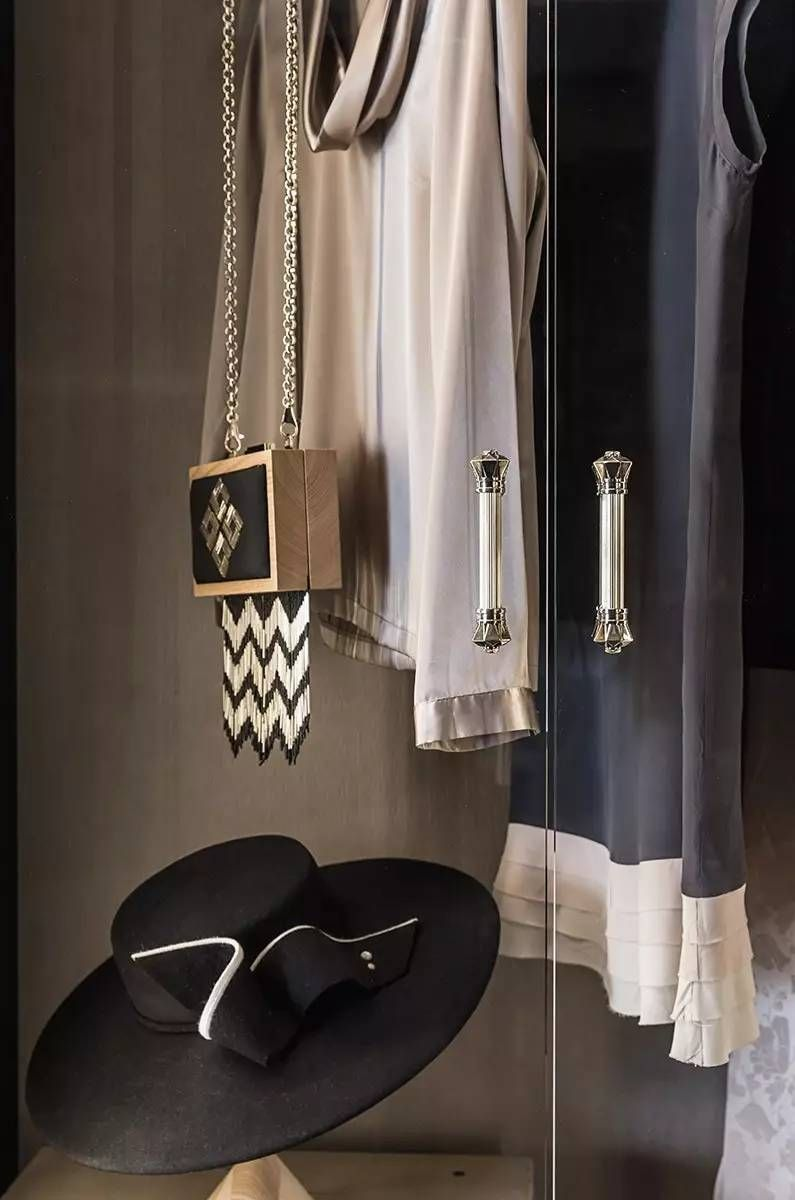 stylist and luxury modern closet designs. Dressing Room  Cloak Interior Stylist Luxury Living Washroom Moldings Modern Furniture Showroom Dresser Pin by CHEN on Pinterest Table furniture and Interiors