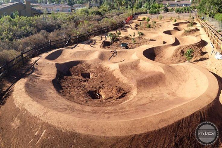 Build Dirt Jumps Dirt Bike Track Jump Park Bike Pump Track