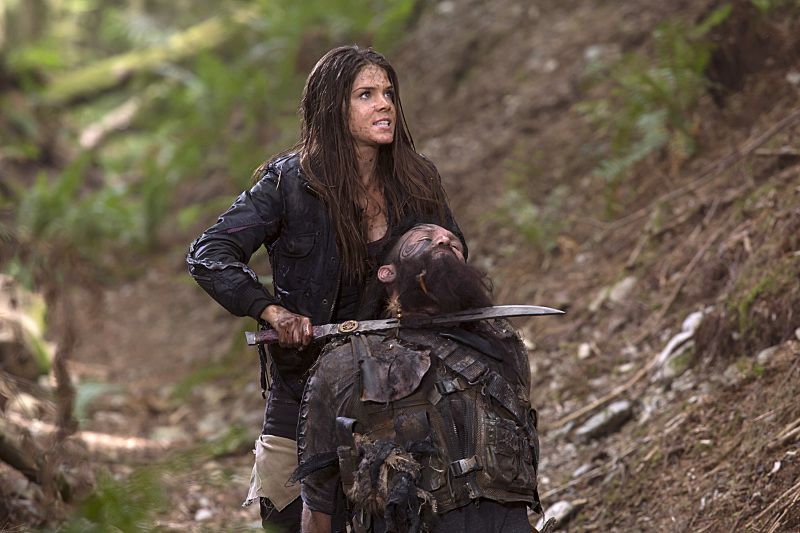 The 100 Season 2 Episode 2 Stills Synopsis Octavia Takes Charge 100 Season 2 The 100 Lincoln The 100