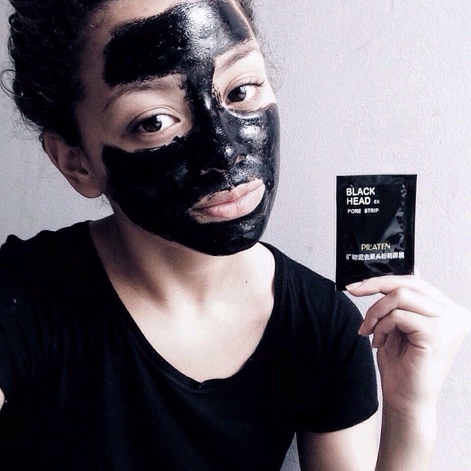 Aquela máscara que combina com o feed sabe? adquiri por curiosidade e gostei  #testados #boidacarapreta #blackhead