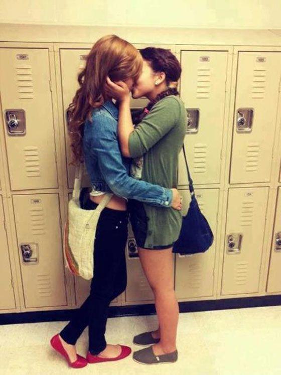 Bella Thorne And Zendaya Lesbian Porn
