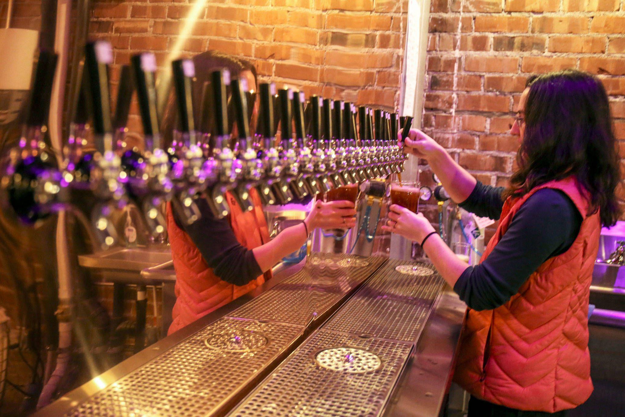 Everett Beer Week Will Tap The Momentum That S Brewing Here Heraldnet Com Beer Week Beer Brewing