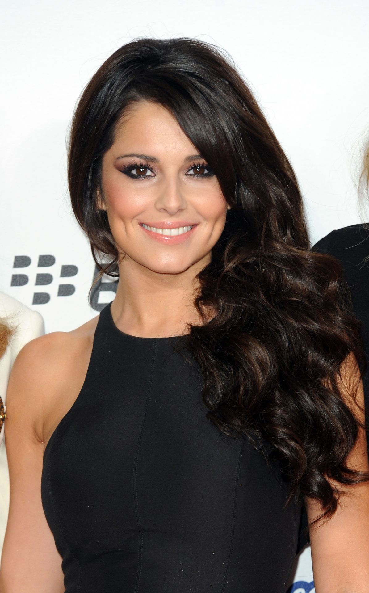 cheryl cole hair style cheryl cole i a high neck dress and flowing 8109